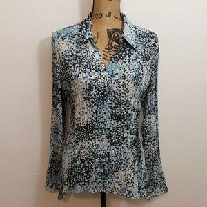 Dressbarn Pleated Blue & White Button Down Shirt